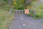 Pas eu besoin de fermer le portail, suffit de passer à gauche !