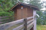 Cretta d'Asse, Pt1686, des toilettes ! Je préfère les arbres, désolé !