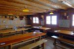 Le réfectoire de l'ancienne cabane