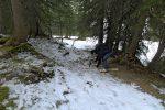 Même les skis cailloux sont ôtés pour ce passage !