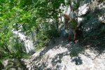 Je croise un peu de monde, pour monter il est conseillé de rester dans les racines (droite de la photo)