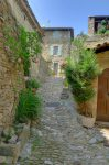 Ruelle de Saint-Montan.