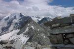 Depuis le sommet du Mont-Rogneux (3083.8m) vue sur le Petit Combin. La météo s'est dégradée, dommage !