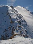 Le sommet (premier plan), sans croix, sans nom officiel, sans cotation !