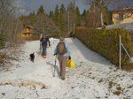 Départ depuis le départ du télésiège des Rasses, environ 1200m, il y a un soupoudrage de neige.