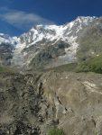 Entre deux étages du glacier