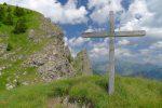 La croix juste au-dessus du Passage de Savolaire