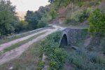 Le joli petit pont en direction de Taysse
