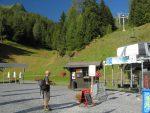 La journée commence bien, par le télésiège du bas des pistes de ski (à côté du centre sportif)