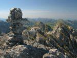 Le cairn au sommet de Rochet Plat