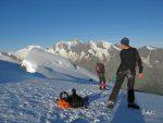 Et on arrive au sommet du Weissmies (4017 ou 4023m selon les cartes), 8h15.