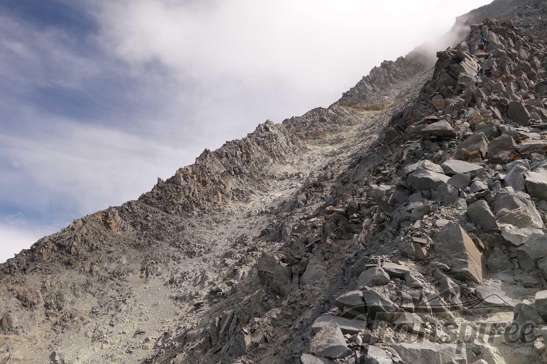 Alpinisime au refuge du Goûter depuis le Nid d'Aigle et le couloir du Goûter