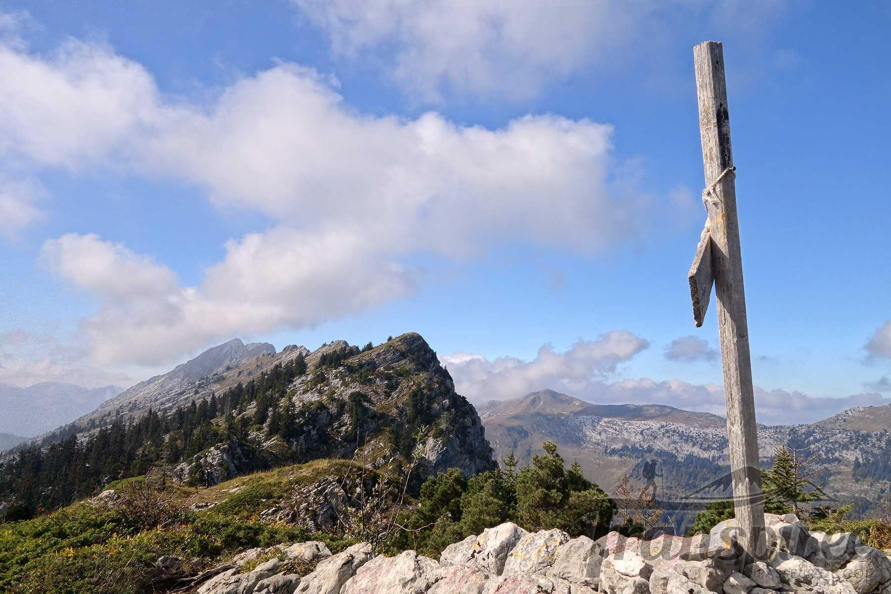 Randonnée au Mont Lachat depuis Saint-Jean-de-Sixt et la Cabane Le Suet