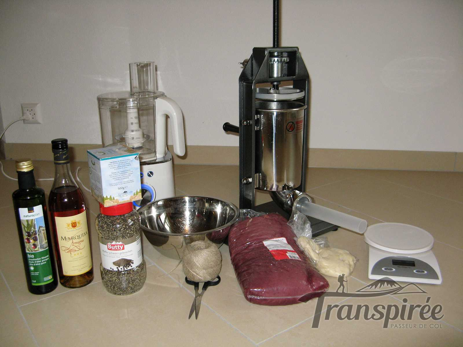 Comment faire son saucisson sec maison ventana blog - Faire du saucisson maison ...