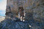 On traverse ce trou, ce qui fait plaisir à Jacques (son habit de camouflage est tip top ici !) ...