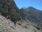 Nous évitons le sommet pour redescendre vers le col Le Basse