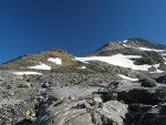 On enlève le matériel glaciaire pour monter au Wildstrubel