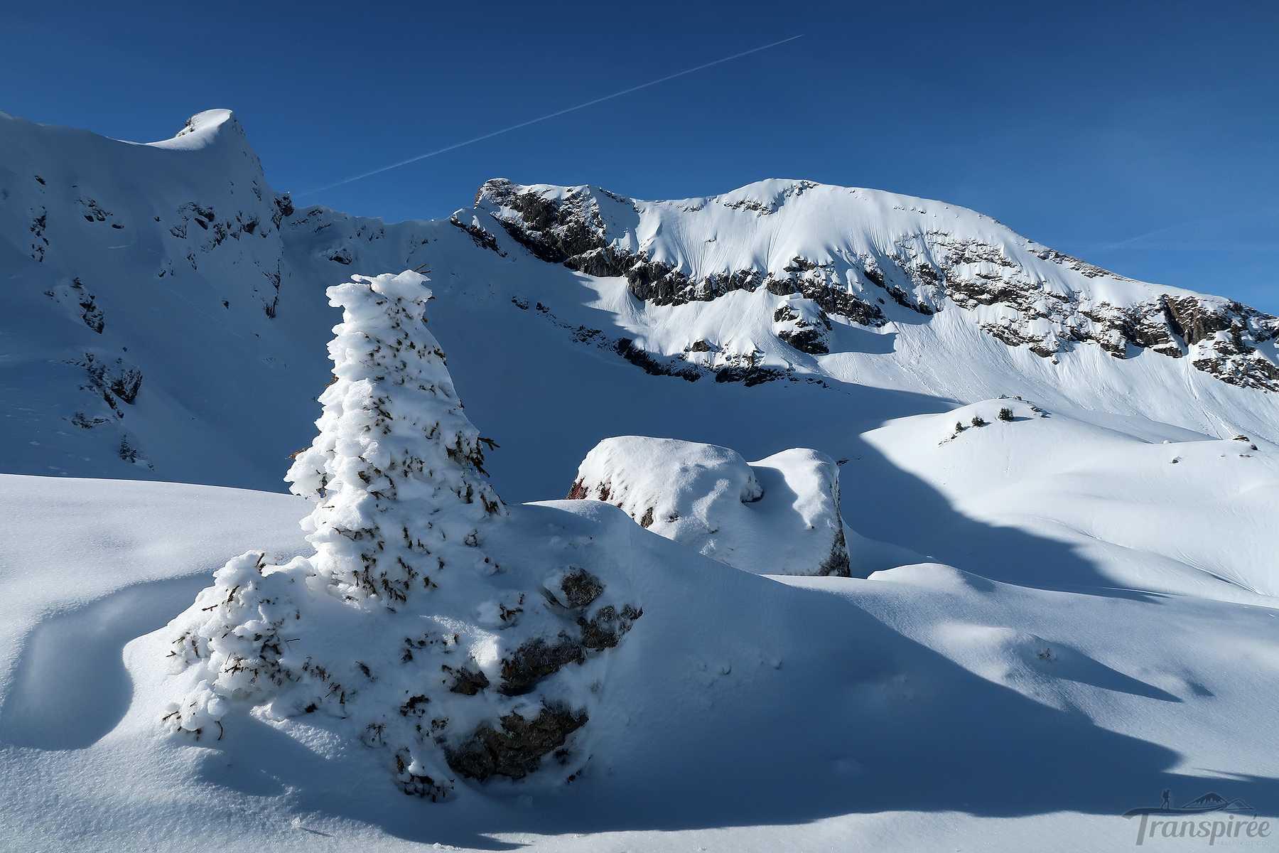 Ski de randonnée au Col de Ratti depuis le Col de l'Encrenaz