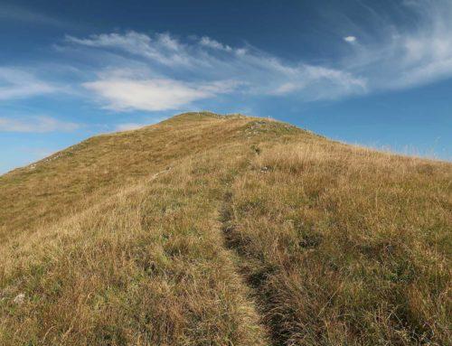 Randonnée au Rocher du Midi depuis La Case. Retour Sur le Grin