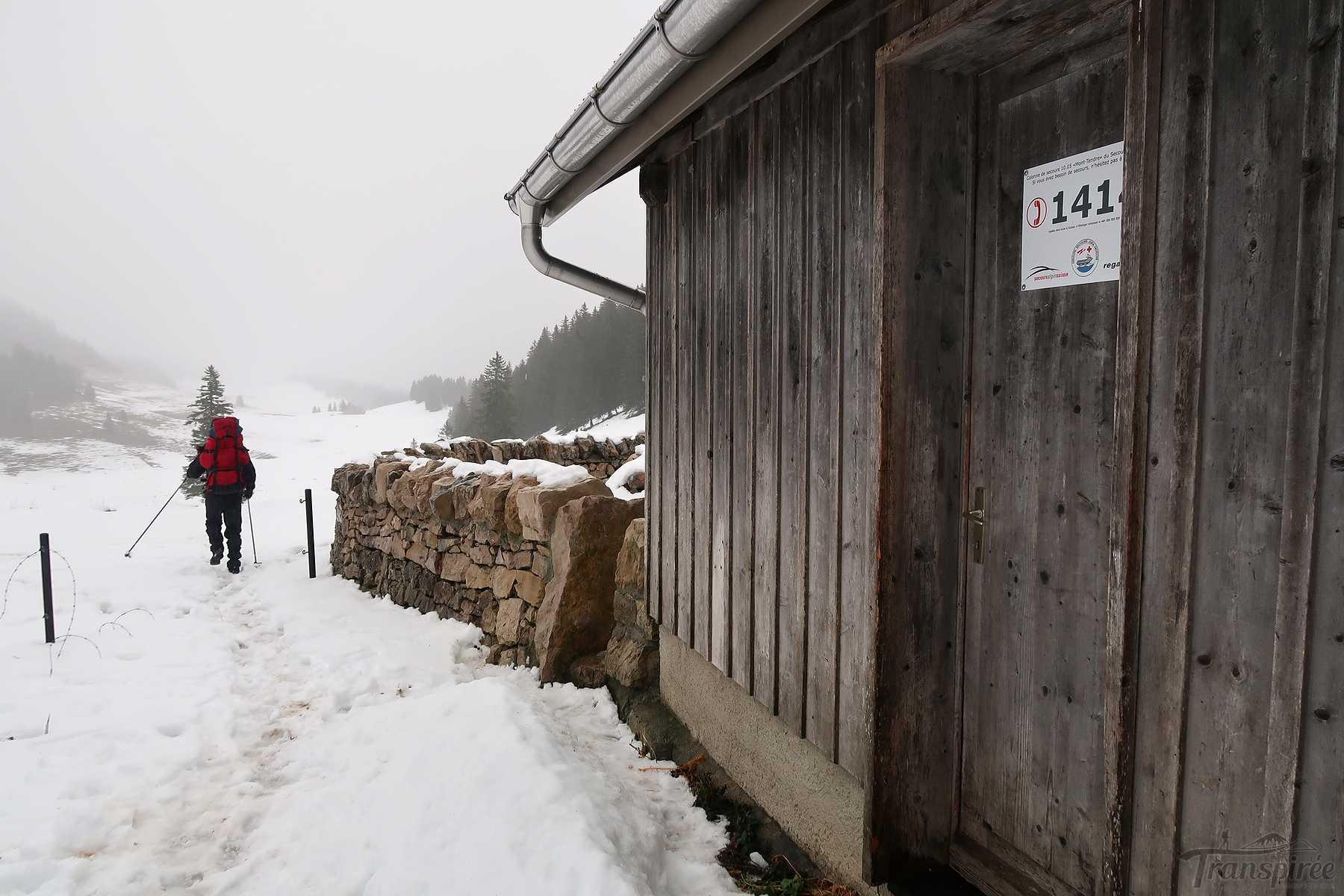 Randonnée dans la combe des Amburnex depuis le chalet des électriciens. Retour au col du Marchairuz