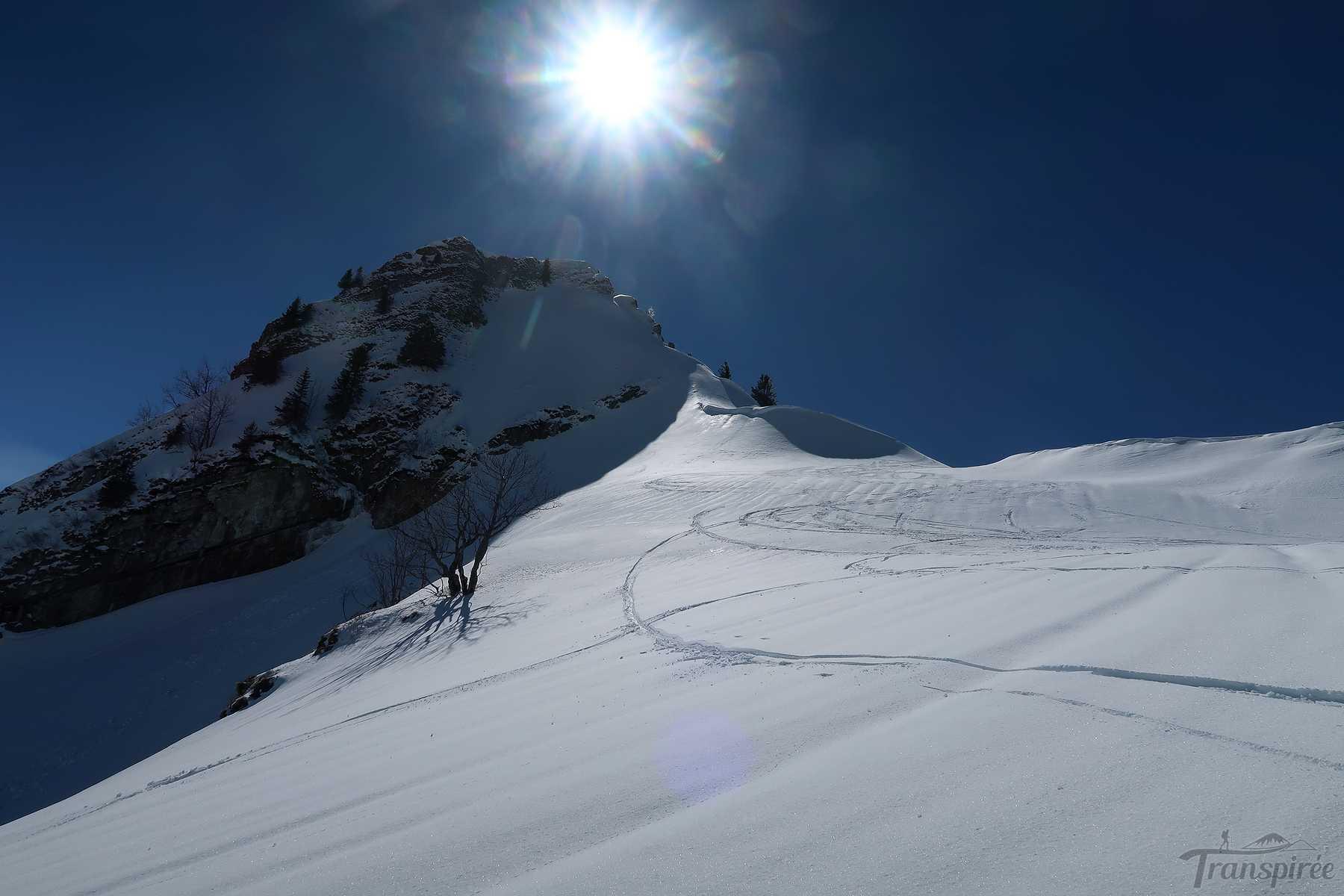 Ski de randonnée à Folliu Borna depuis les Sciernes d'Albeuve et le Creux