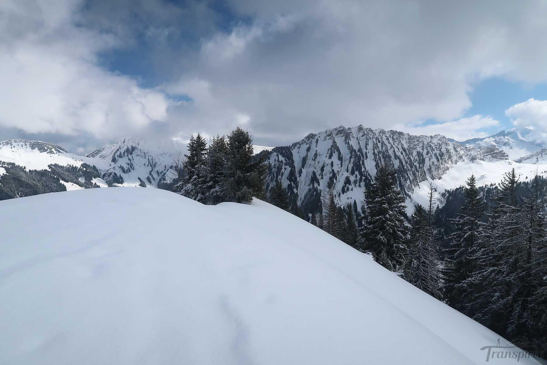 Ski de randonnée à la Corne des Brenlaires depuis l'Etivaz