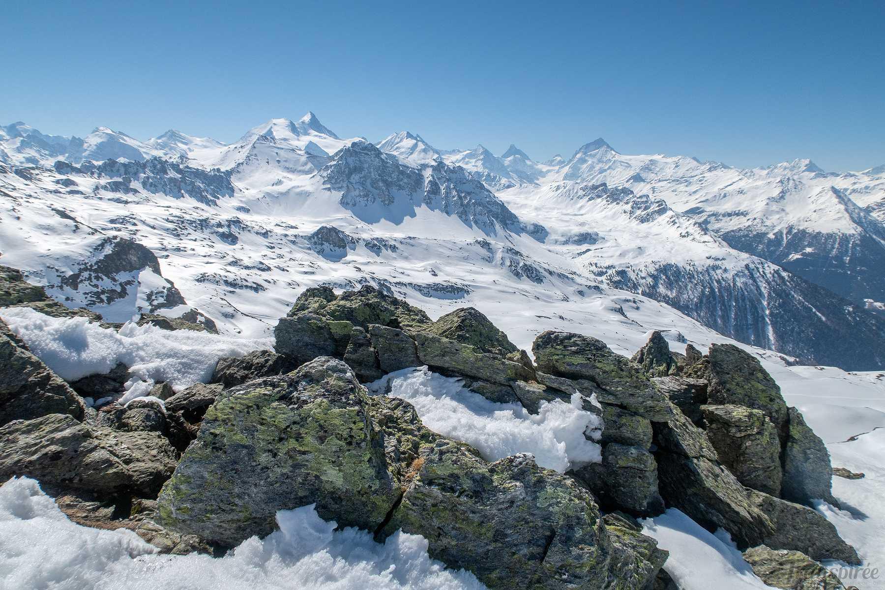 Ski de randonnée aux Ombrintses depuis Saint-Luc et la cabane Bella Tola