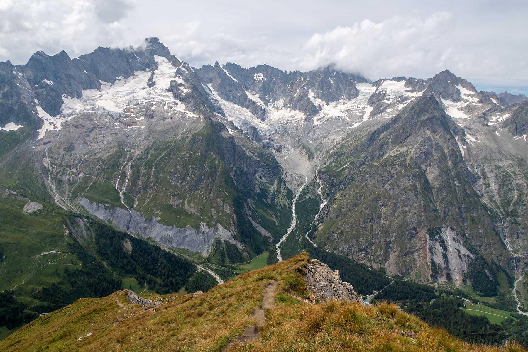 Randonnée aux col du Névé de la Rousse et Basset depuis Ferret