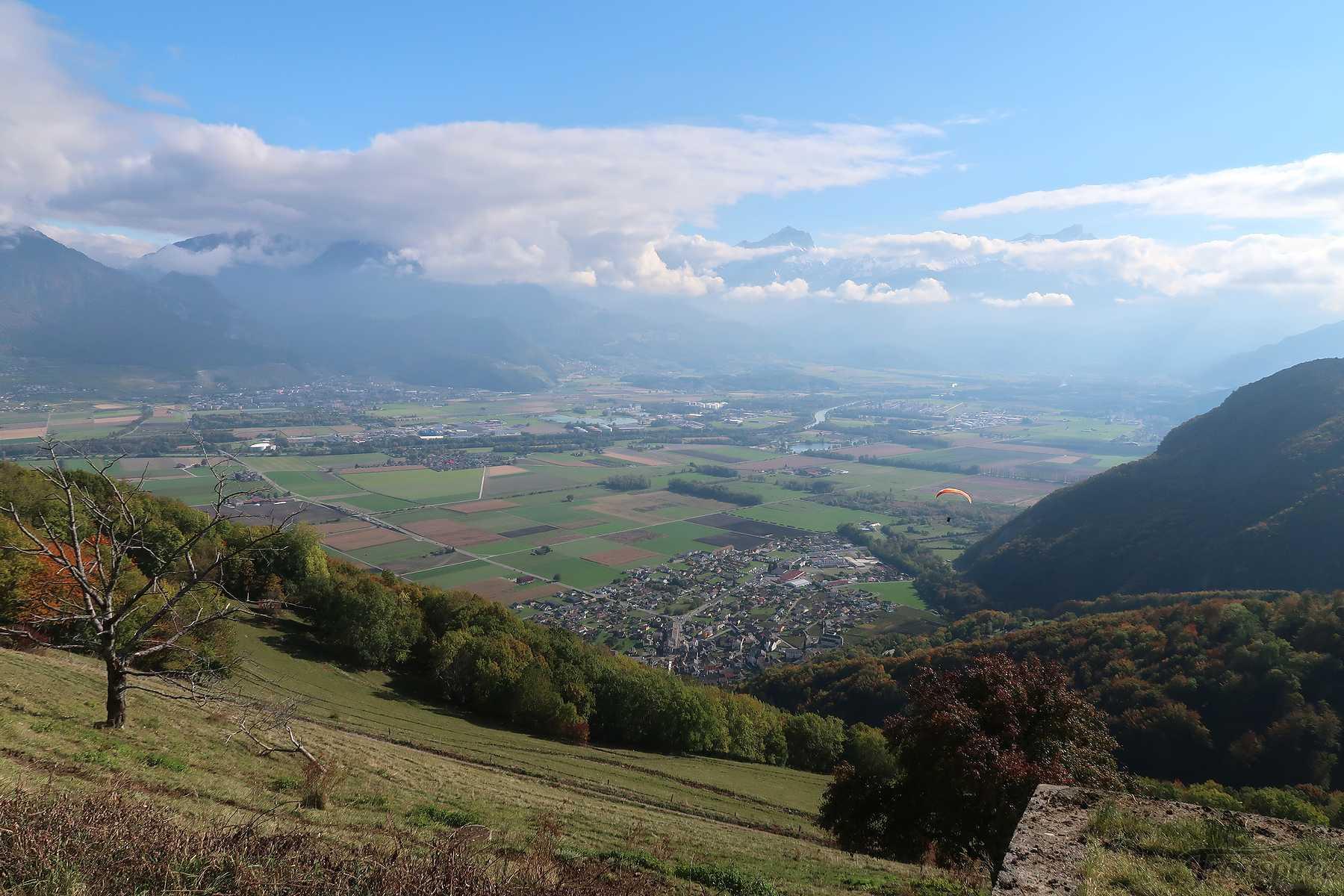 Randonnée à Reveurelaz depuis Vionnaz. Retour par le sentier des Rails